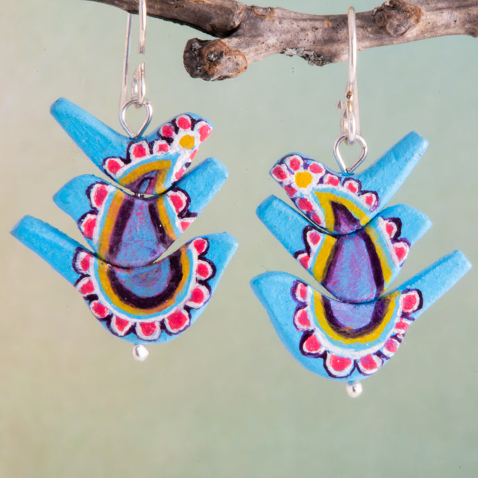 These bird totems are filled with all things boho.  Flower power, paisley and nature!  Can u hear their songs of peace and love?