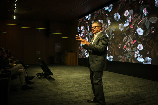 Terry Raghunath from HP Introduces HP Print Interiors Forum (Barcelona) - ATADesigns Kews Leafy Florals Wallpaper Features on Screen