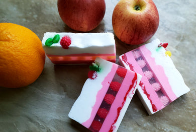 Berry Heaven Soap Gift Set - All Natural Handmade Soap | Gift for her I Wife Gift | Birthday Gift - Basal Beauty