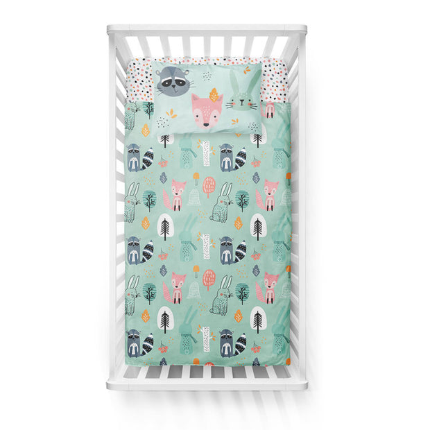 Wintry explorers - bedspread in reversible minky (crib)