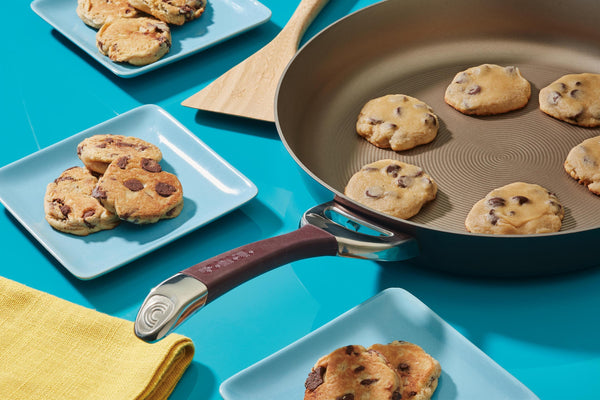 Skillet Chocolate Chip Cookies