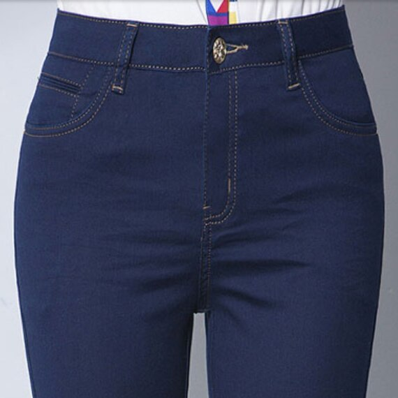 middle-aged high waist jeans