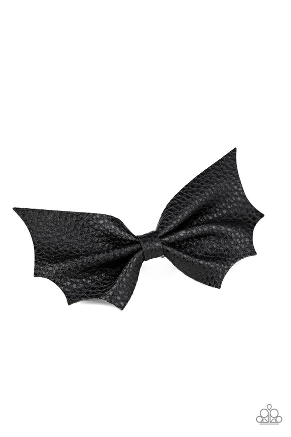 PRE-ORDER Paparazzi A Bit Batty-black hair clip