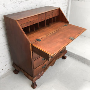 Antique Chippendale Mahogany Desk