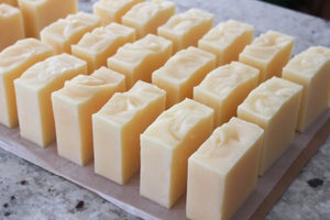 Handmade Old Fashioned Tallow Soap Bar - Unscented