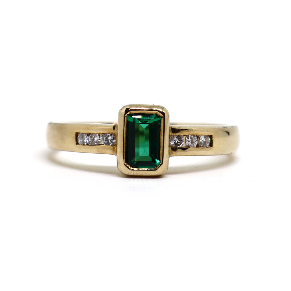 Biron Emerald and diamond  ring