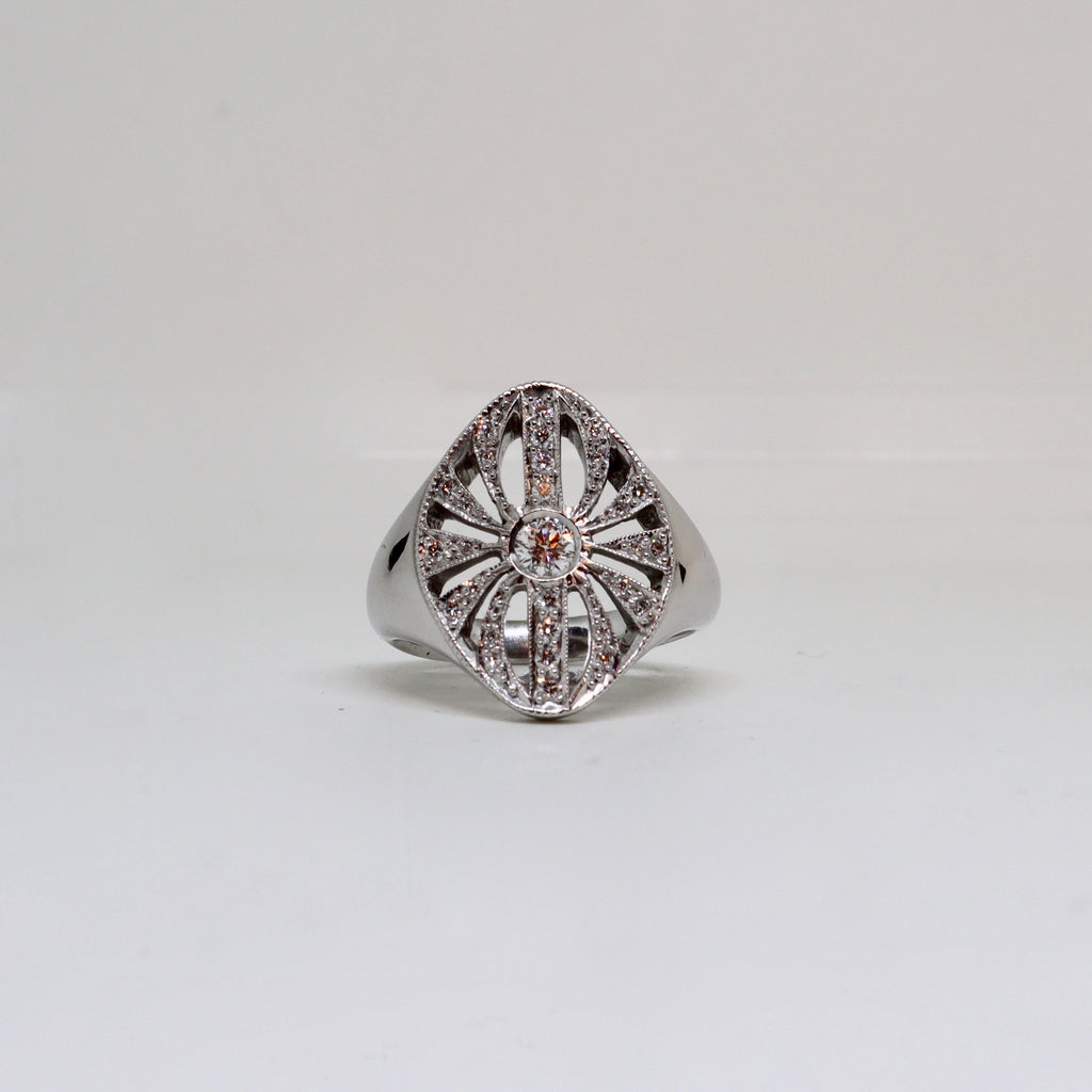 Shot set center diamond dress ring