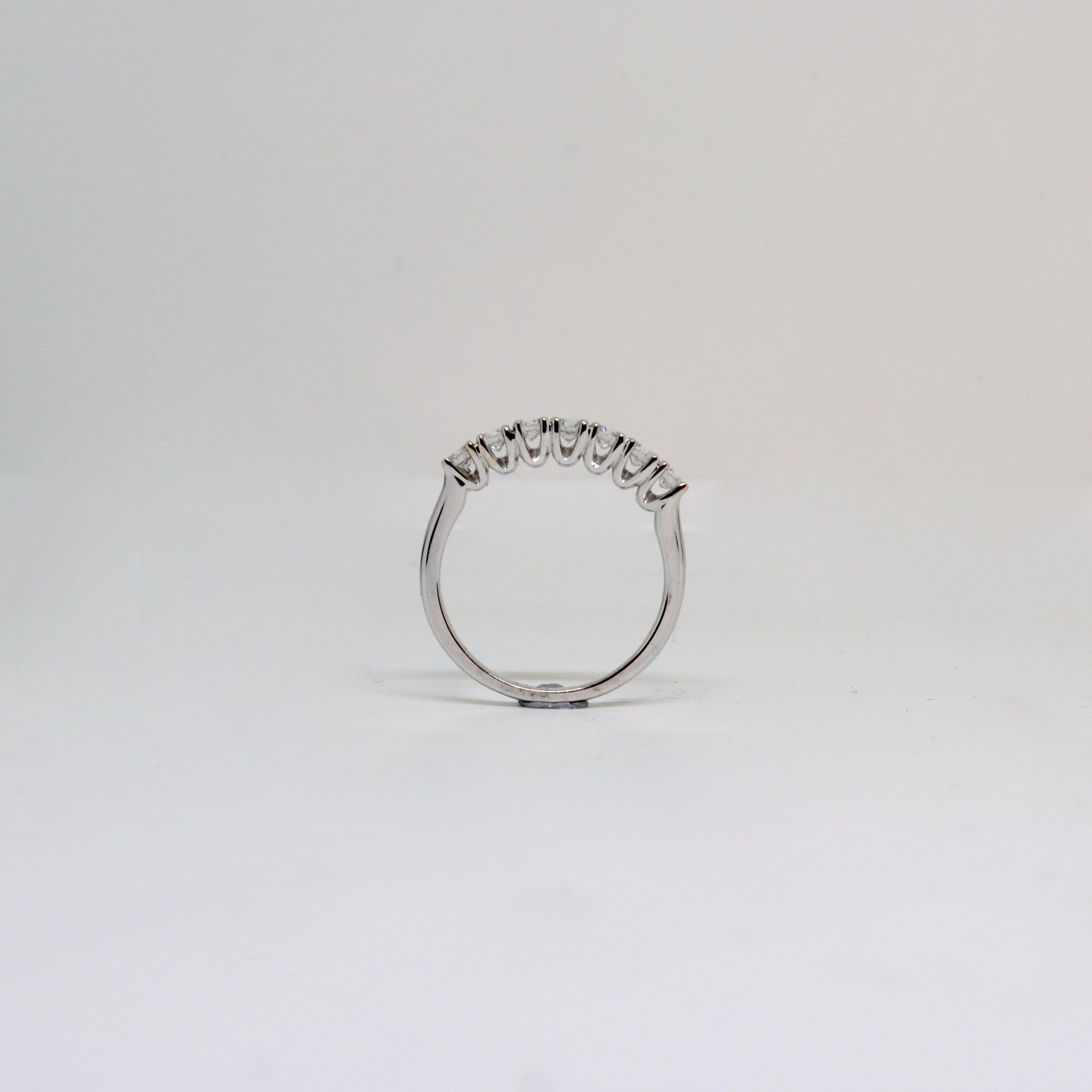 7 Stone Claw set Diamond Ring