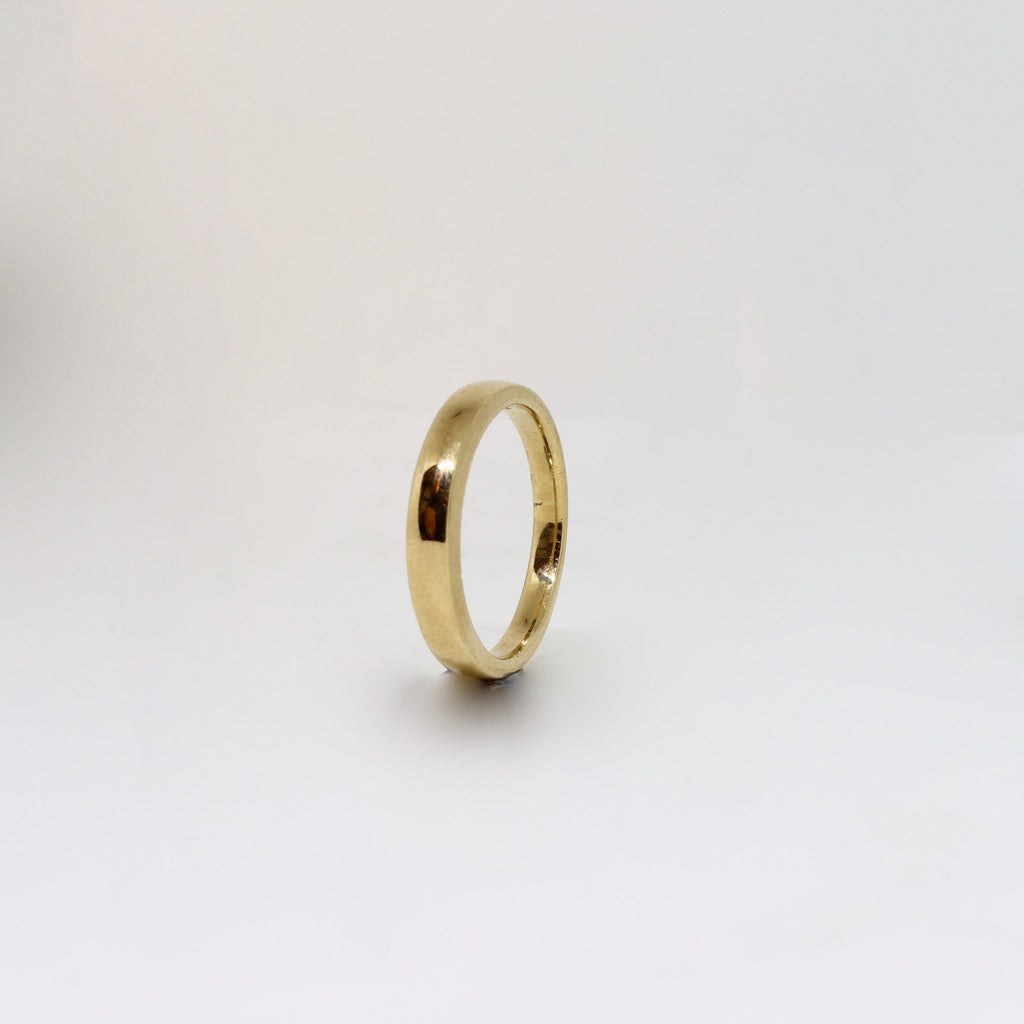 Yellow gold womens band