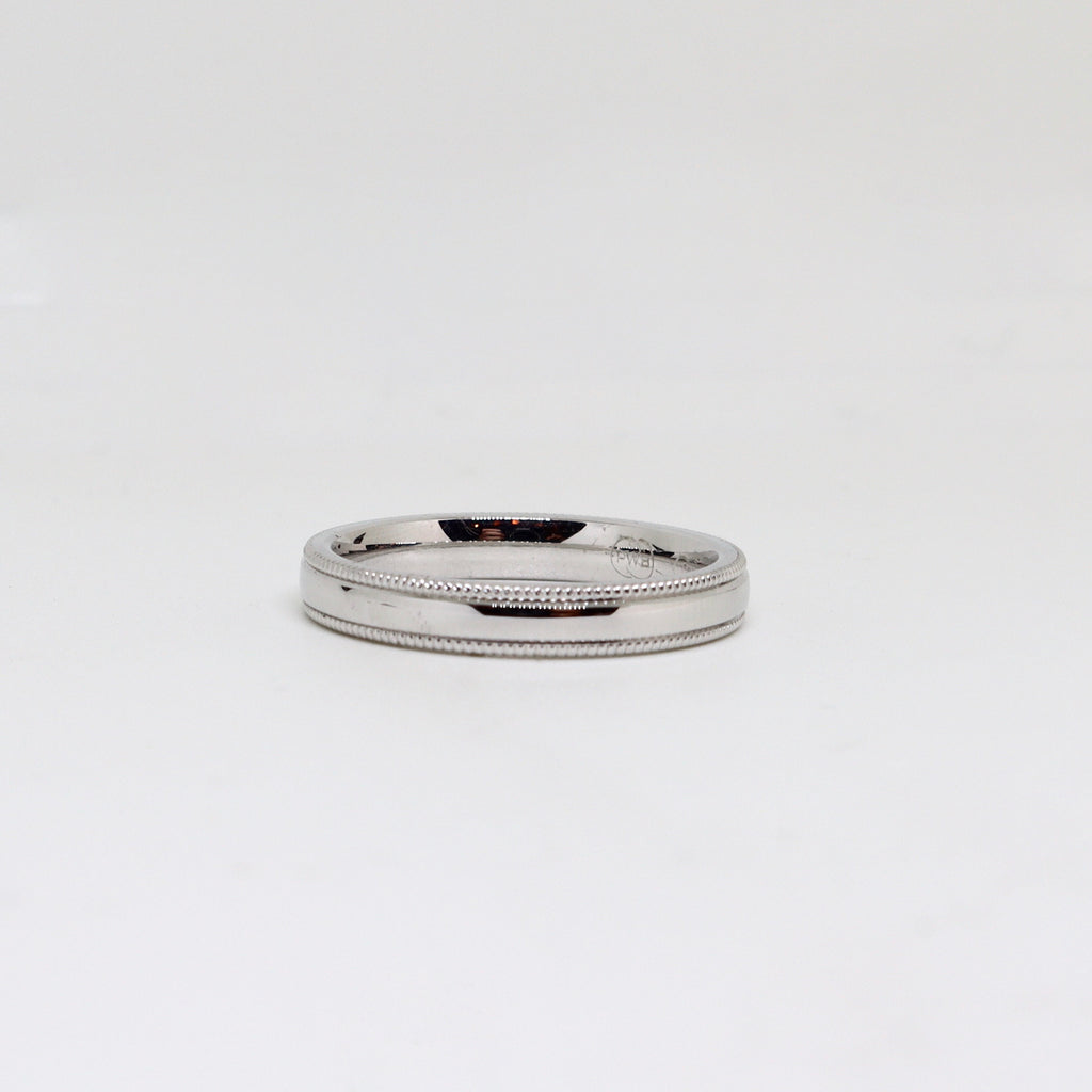 White gold millgrain womens ring
