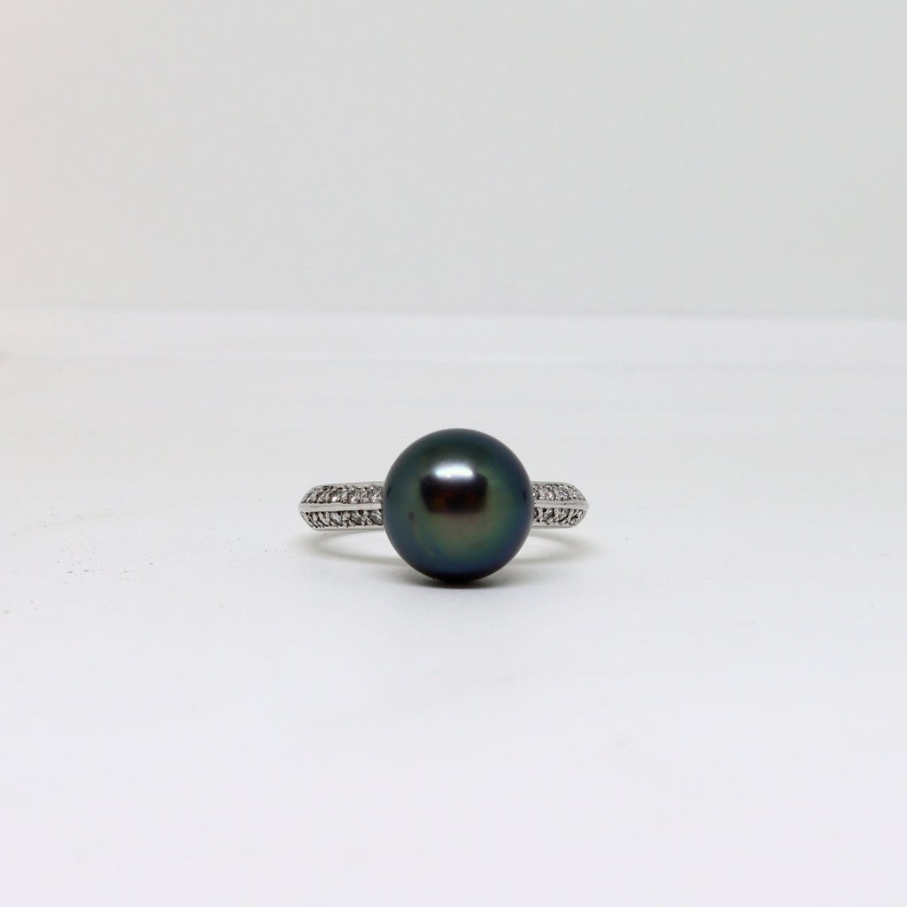 Black Tahitian Black Pearl and Diamond Ring