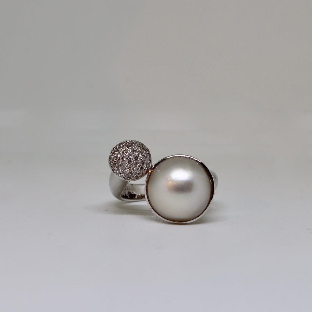 pavé set diamond and pearl ring