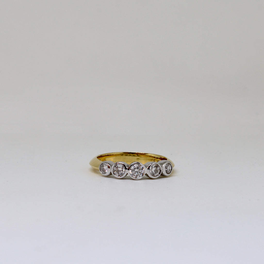 5 Stone diamond rub over ring