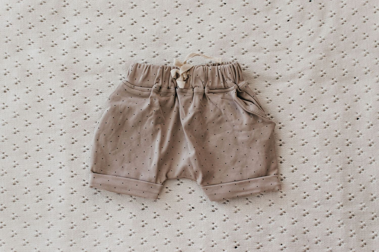 Ribbed Shorts - Dotty Taupe (4678467059799)