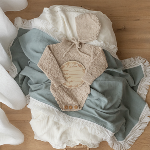 SEAMIST SWADDLE WITH CREAM FRINGE