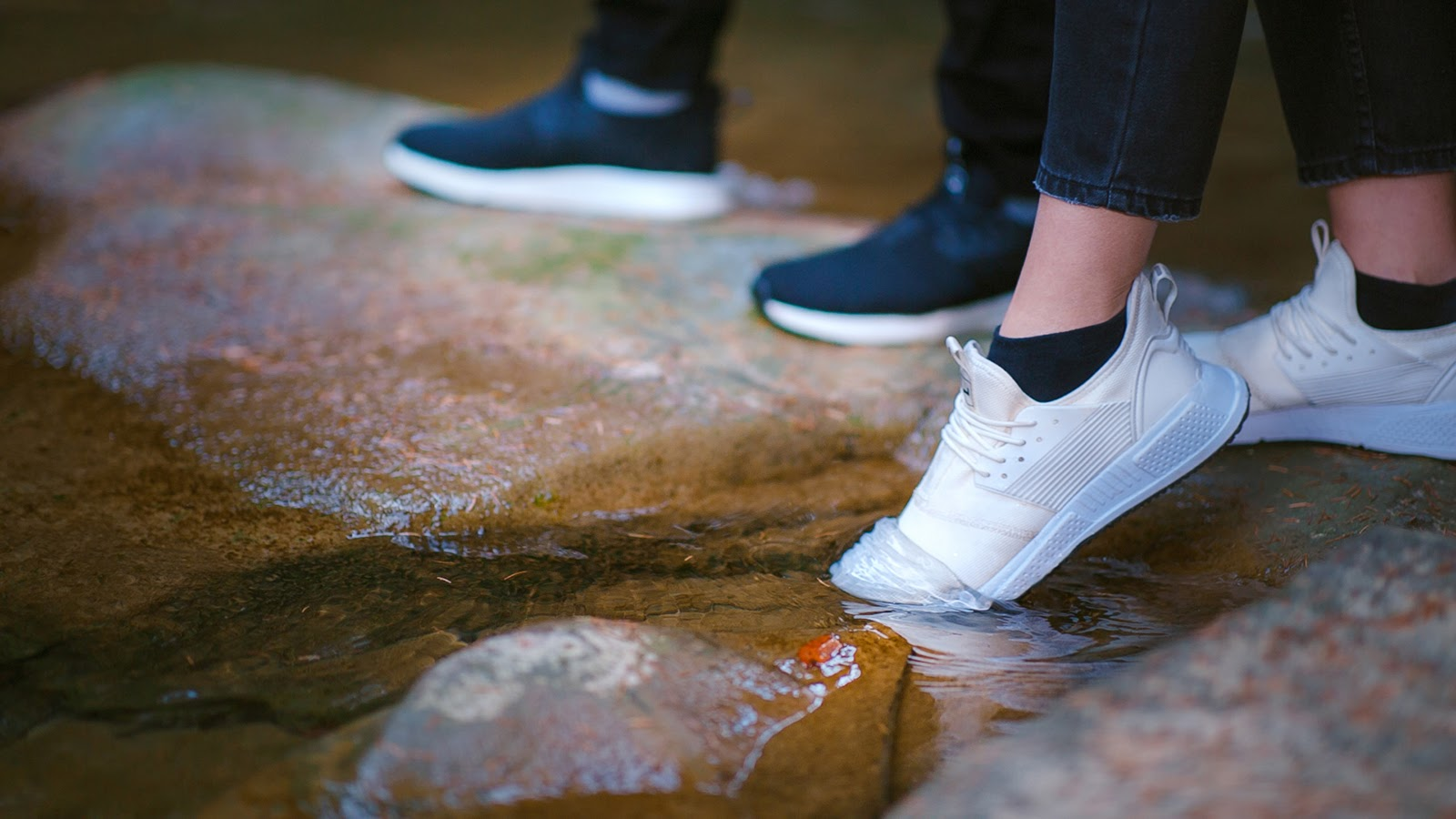 white-black-waterproof-men-women-sneakers