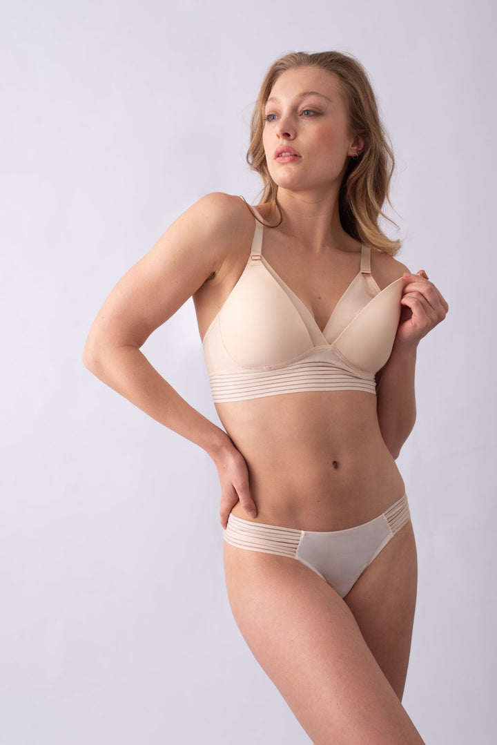 Ambition Triangle Shell Contour Wirefree Nursing Bra - EGG Maternity NZ Ltd