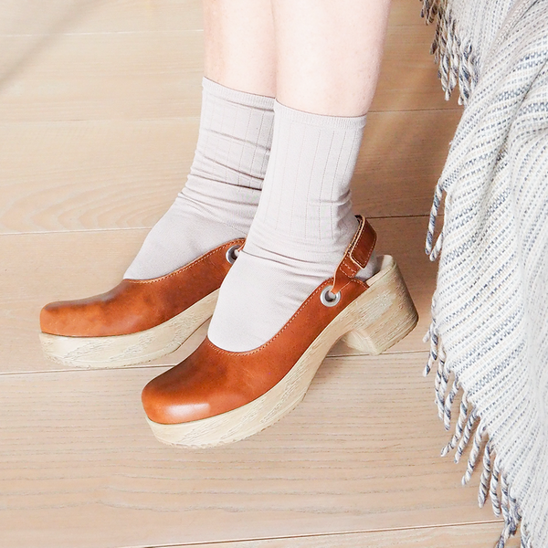 Clogs and socks, a love story!