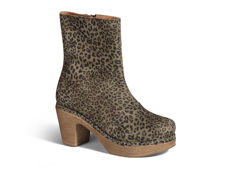 Molly Boot Leoprint