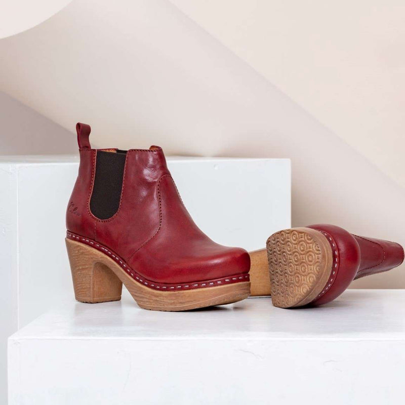 Doris Boot Red
