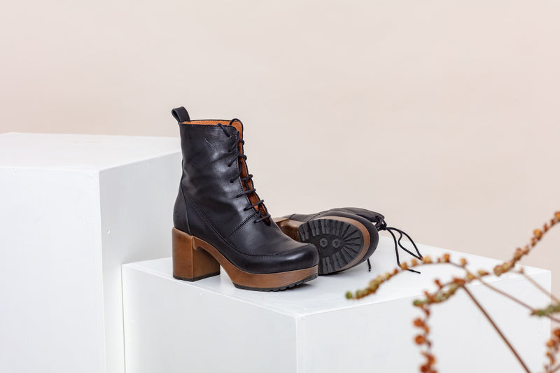 Greta Boot Black