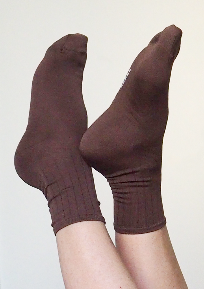 Smooth Silk Socks