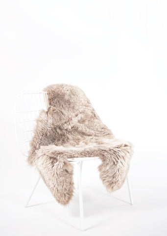 Shorn Linen Icelandic Sheepskin - Black Sheep (White Light)