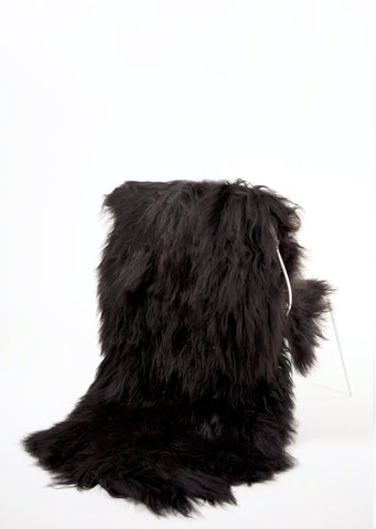Double Black Icelandic Sheepskin - Black Sheep (White Light)