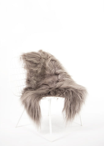 Mineral Icelandic Sheepskin - Black Sheep (White Light)
