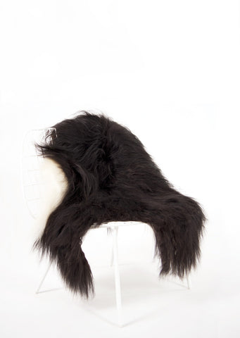 Spotted Icelandic Sheepskin | Maximal - Black Sheep (White Light)
