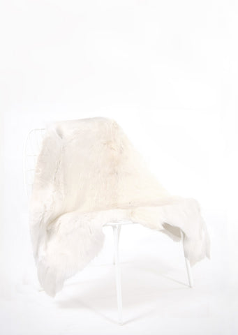 White Sami Reindeer Hide - Black Sheep (White Light)