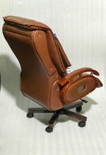 Load image into Gallery viewer, FC118- Recliner Chair