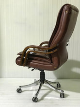 Load image into Gallery viewer, FC117- Executive Revolving Chair
