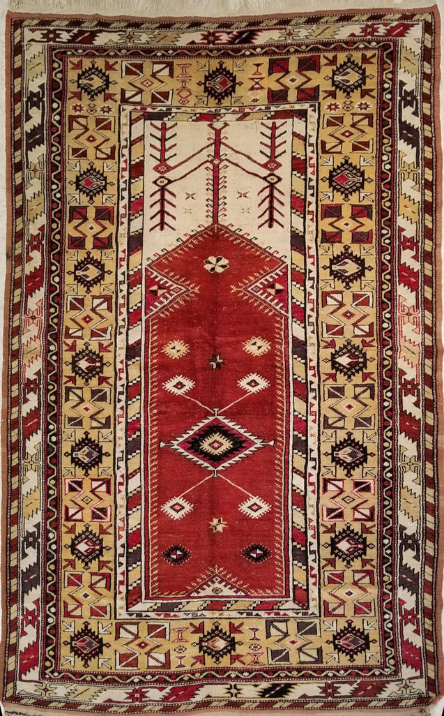 "4'6"" x 7'3""   Turkish Milas Rug Top View"