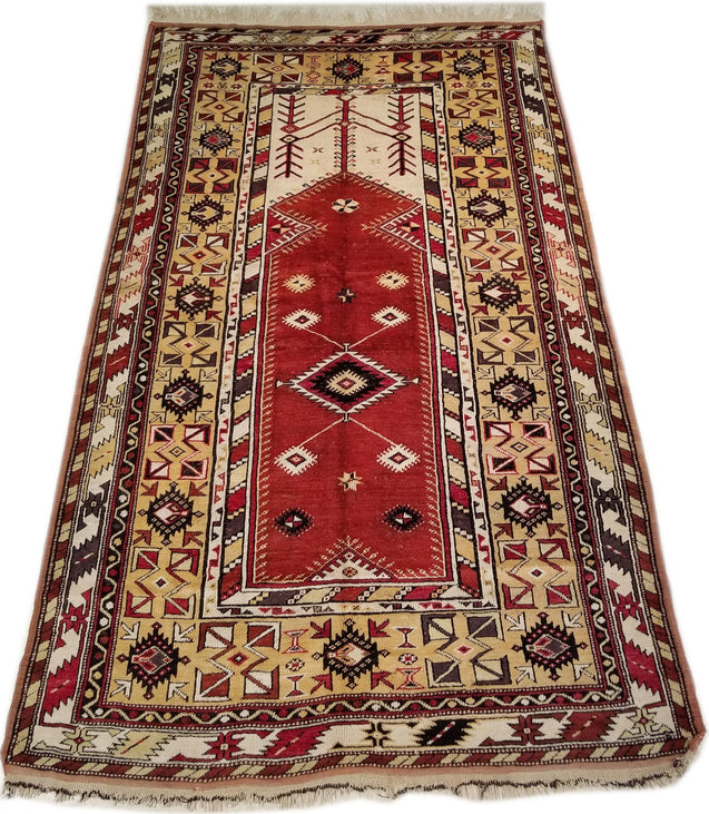 "4'6"" x 7'3""   Turkish Milas Rug Angle View"
