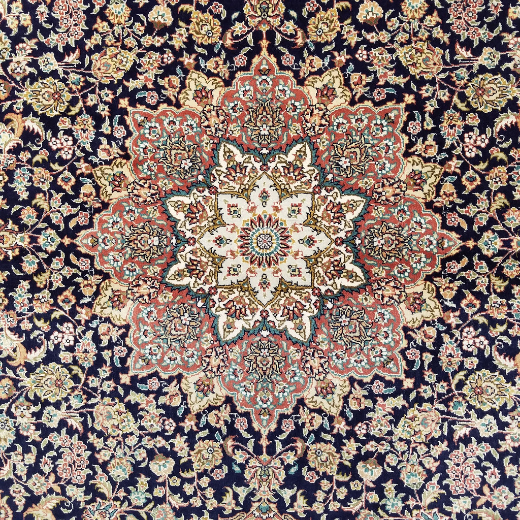 "4'0"" x 6'0""   Silk Chinese Hereke Rug Angle View"