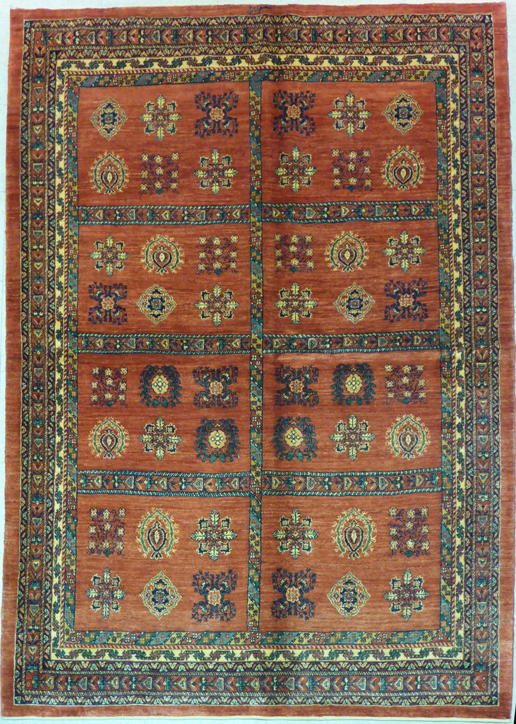 "5'7"" x 7'10""   Persian Kashkuli Rug Top View"