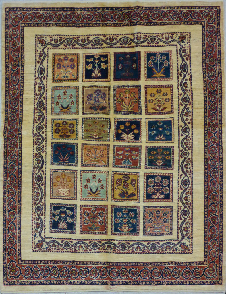 "4'8"" x 6'1""   Persian Kashkuli Rug Top View"