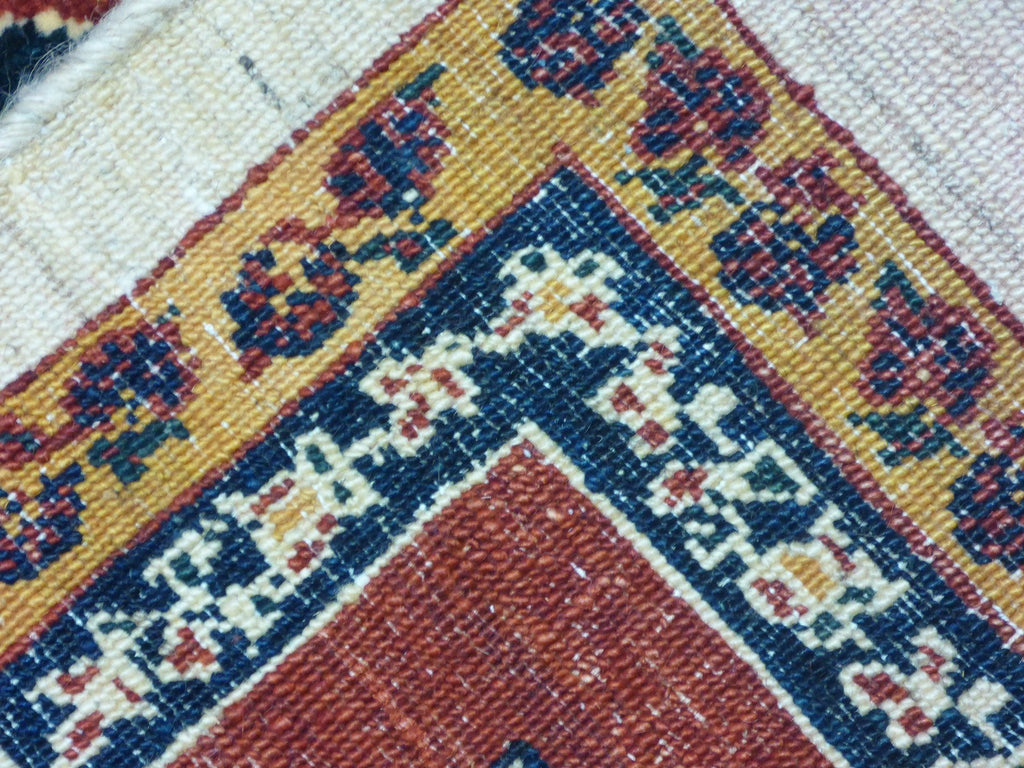 "5'8"" x 8'11""   Persian Kashkuli Rug Back View"