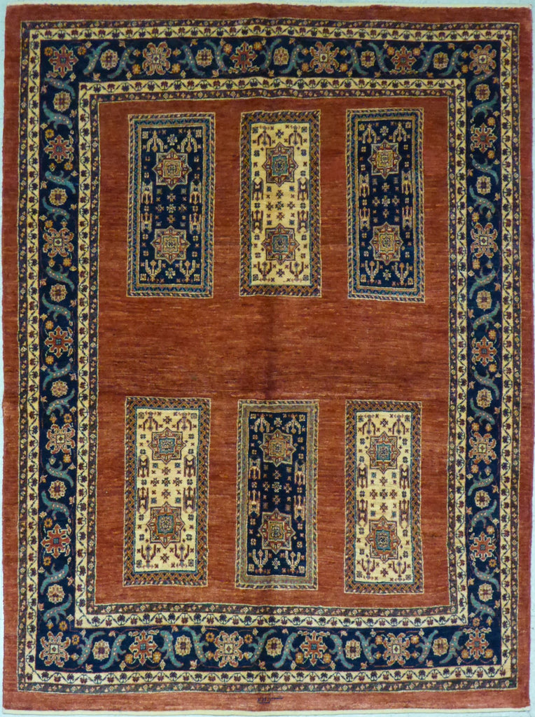 "5'3"" x 7'1""   Persian Kashkuli Rug Top View"
