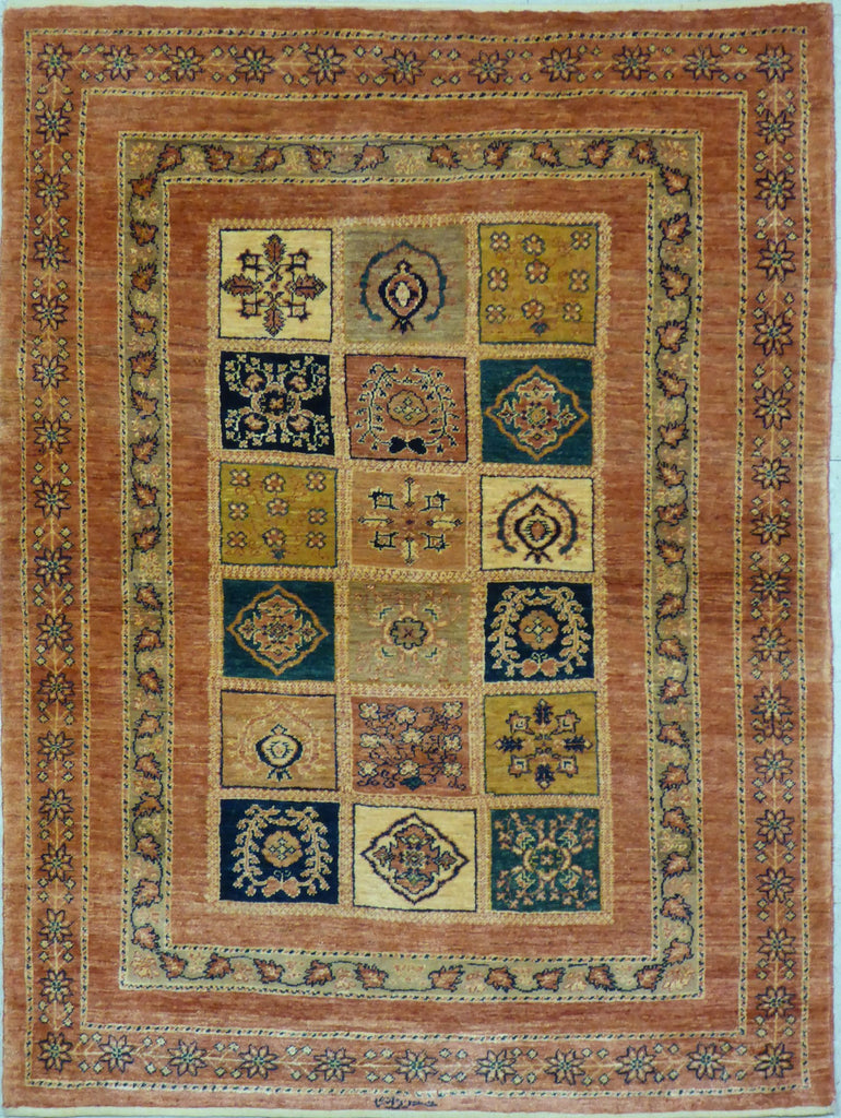 "3'9"" x 5'0""   Persian Kashkuli Rug Top View"