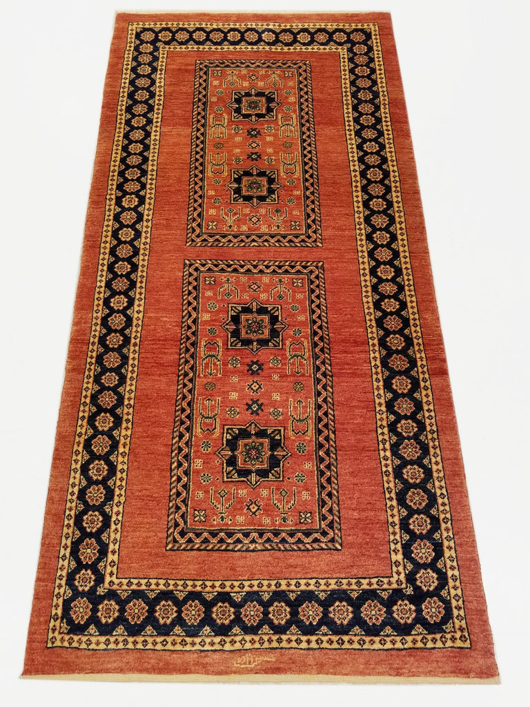 "3'0"" x 6'4""   Persian Kashkuli Rug Top View"