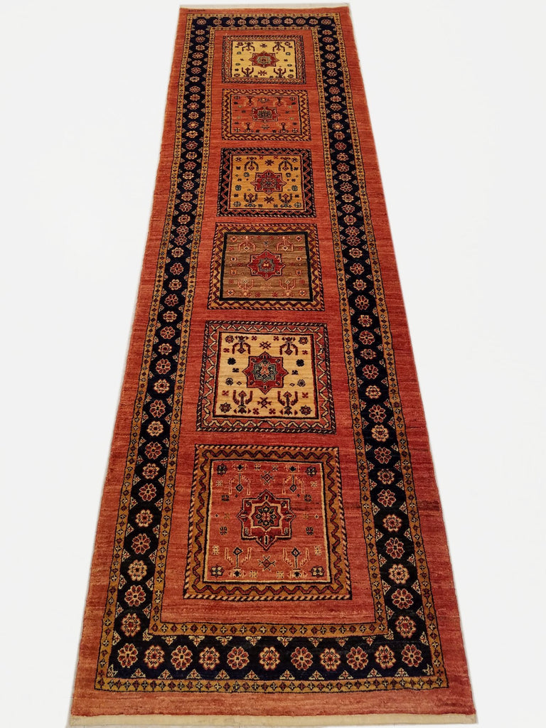 "2'8"" x 9'6""   Persian Kashkuli Runner Rug Top View"