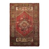 "2'9"" x 4'0""   Turkish Ortakoy Rug Top View"