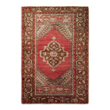 "2'8"" x 3'8""   Turkish Ortakoy Rug Top View"
