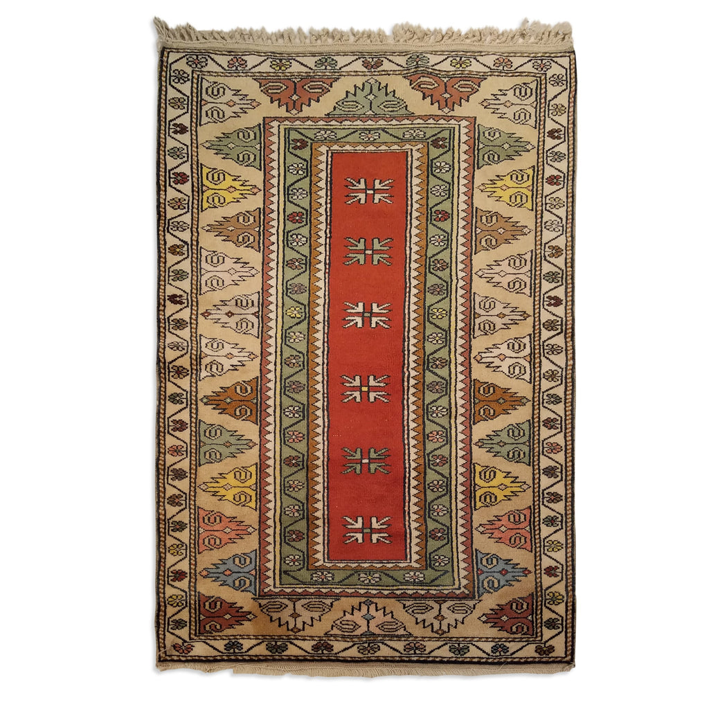 "3'3"" x 4'10""   Turkish Milas Rug Top View"