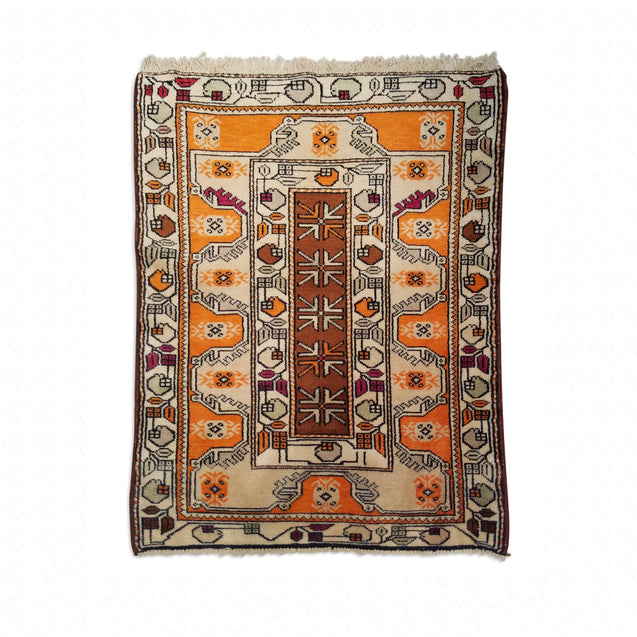 "2'11"" x 3'9""   Turkish Milas Rug Top View"