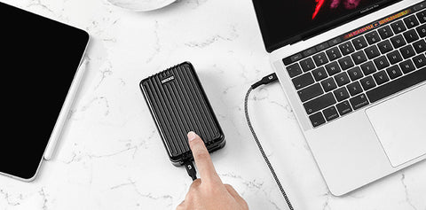 Zendure-power-bank-charge-on-the-go