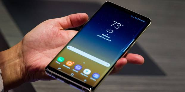 How to Charge the Samsung Galaxy Note 9 for the First Time