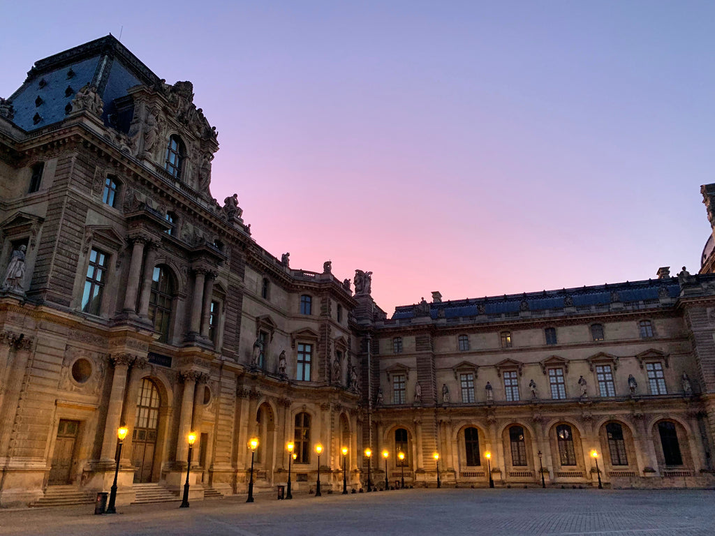 sunrise louvre